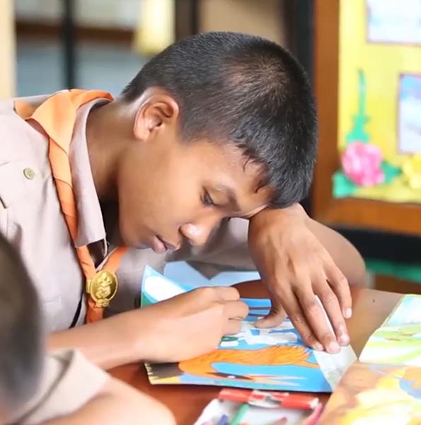 รายการครอบครัวข่าวเด็ก ตอน หนังสือเล่มเล็กสอนเด็กรักอ่าน โรงเรียน บ้านน้ำอ้อมน้อย